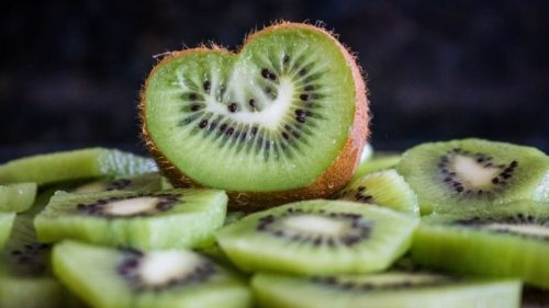 Fruits That Dogs Can Eat- Kiwi